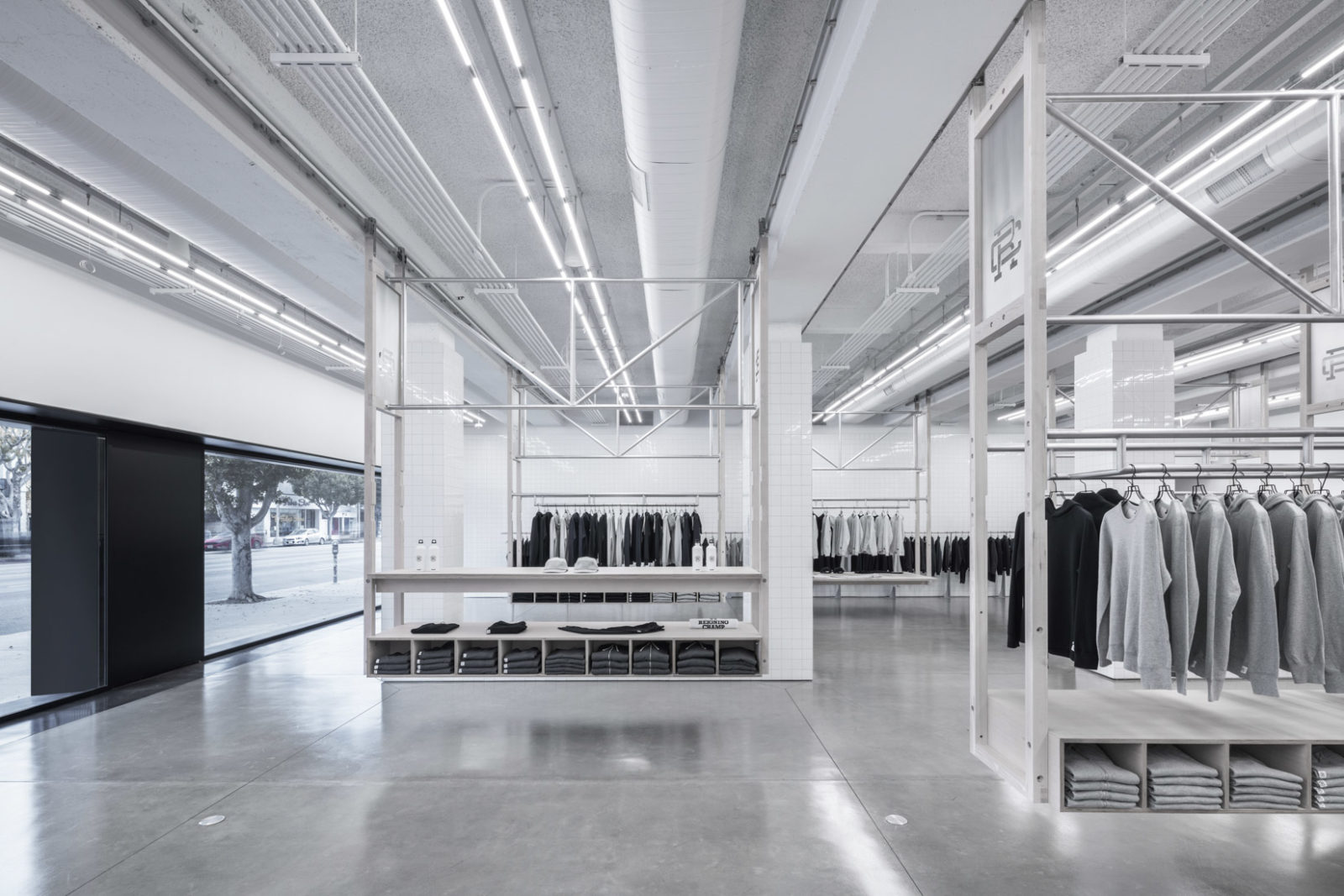 Reigning Champ La Brea Los Angeles