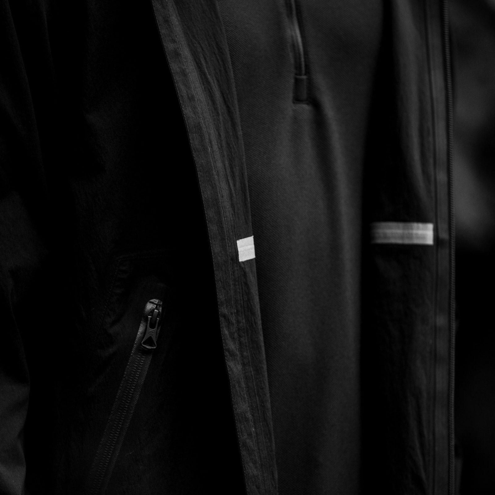 REIGNING CHAMP SEA TO SKY OUTERWEAR